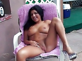 Latina Masturbating Natural Outdoor Pussy Shaved Outdoor Latina Pussy Masturbating Outdoor