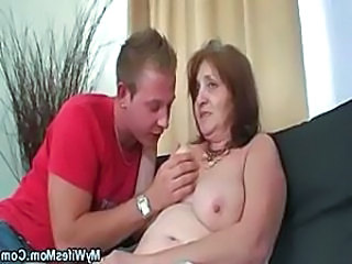 Hardcore Mature Mom Old and Young Shower Mom Shower Mature Old And Young Hardcore Mature
