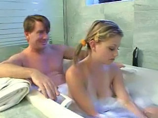 Bathroom Daddy Daughter Old and Young Daughter Daddy Daughter Daddy Old And Young Bathroom