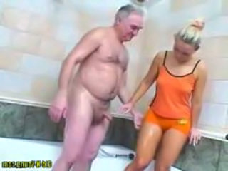 Daddy Daughter Old and Young Daughter Daddy Daughter Daddy Old And Young Bathroom