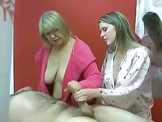Handjob Massage Old and Young Threesome Old And Young Jerk Senior