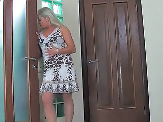 Blonde  Mom Shower Mom Shower Masturbating Blonde Mom Masturbating Mom Shower Masturb