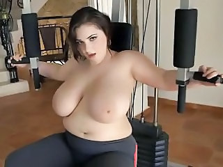 Babe Big Tits Chubby Cute Natural Sport