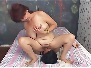 Facesitting Lesbian Licking Mature Mom Old and Young