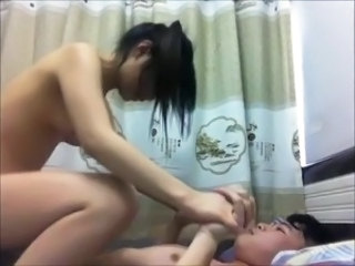 Amateur Asian Girlfriend Homemade Riding