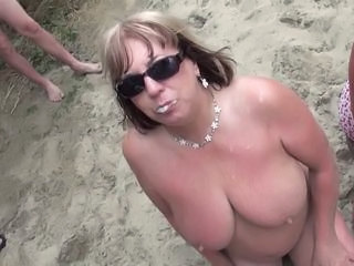 Amateur Chubby Mature Outdoor  Swallow Wife
