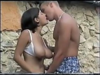 Big Tits European Italian Kissing  Natural Outdoor Vintage Italian
