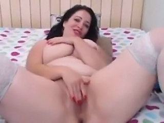 Chubby Cute Masturbating  Webcam Mother