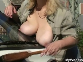 Big Tits Car Mature Mom Natural Nipples Outdoor Outdoor