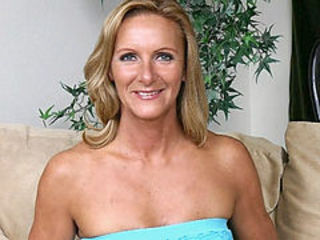 Blonde Cute Mature Mom