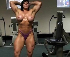 Big Tits Mature Muscled Sport Gym