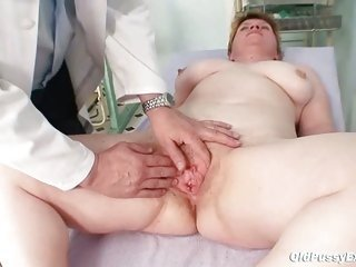 Chubby Doctor Mature Natural Pussy Shaved
