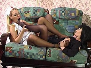 Amazing Babe Feet Fetish Legs Lesbian Nurse Pantyhose Uniform