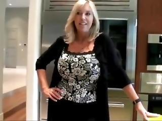 Amateur Big Tits Mom Natural Wife Mother