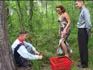 Amateur Family Outdoor Sister Teen Threesome