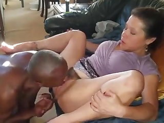 Amateur Hairy Interracial Licking Wife