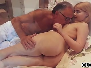 Amazing Ass Cute Daddy Daughter Old and Young Teen