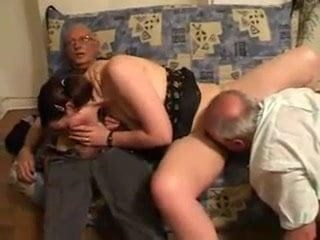 Amateur Blowjob Daddy Licking Old and Young Teen Threesome
