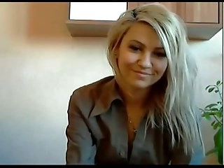 Amateur Blonde  Secretary Webcam