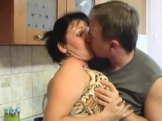 Amateur Kissing Kitchen Mature Mom Old and Young Russian