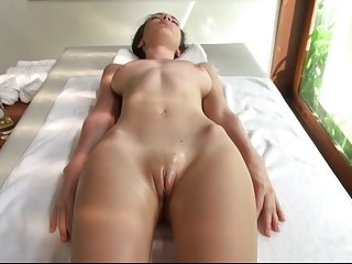 Amazing Massage Pussy Shaved Teen
